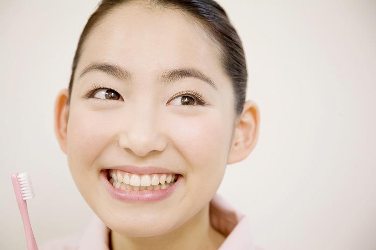 はさま歯科の審美治療について
